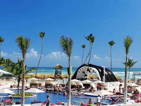 FAMILY, Dreams Sands Cancun Resort & Spa vom 2021-09-20 bis 2021-09-27 für 1030 EUR p.P.
